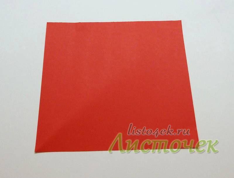 Классическая модель тюльпана складывается из квадратного листа бумаги