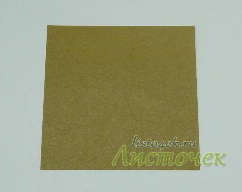 Мышка складывается из квадратного листа бумаги