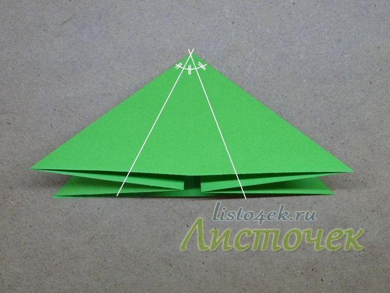 2. Теперь необходимо верхний угол разделить на три равные части